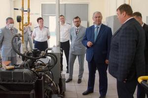 СамГУПС посетил первый зам. генерального директора ОАО «РЖД», якорный партнёр НОЦ «Инженерия будущего», Сергей Кобзев.