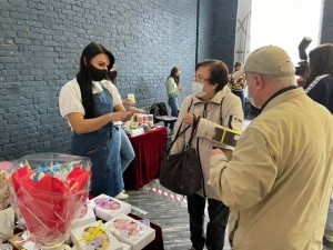 Более 1000 человек посетили осеннюю ярмарку самозанятых в Самаре