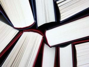 В Самаре прошло просветительское благотворительное мероприятие с участием писателей из Москвы и передачей книг в дар лечебным учреждениям.