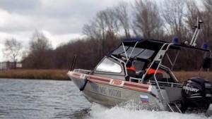 Главное при ловле с лодки — уметь плавать.