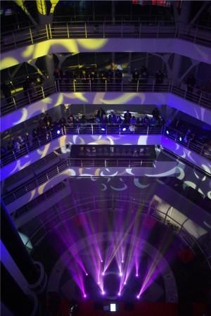 Впервые в башне ЖД-вокзала Самары прошел концерт с уникальным иллюминационным шоу