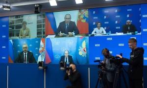 Владимир Путин подчеркнул, что каждый из «пятерки» принимал самое активное участие в избирательной кампании.