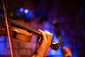 Симфонический оркестр Тольяттинской филармонии под управлением Игоря Мокерова и мировая звезда скрипичной музыки Никита Борисоглебский готовят концерт.