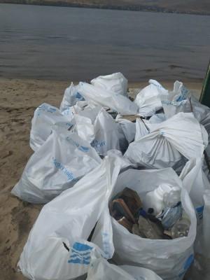 Собрали около 12 кубометров мусора.