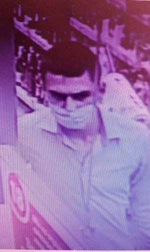 В Тольятти разыскивают подозреваемого в краже продуктов питания из магазина