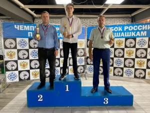 Представитель Самарской области гроссмейстер Олег Дашков завоевал бронзовую медаль.