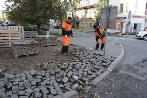 В текущем строительном сезоне работы по улице Ленинградской планируют завершить до 1 ноября.