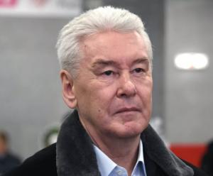 Мэр Москвы навестил в больнице Романа Ковалева.