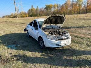В Ставропольском районе машина перевернулась в кювет, пострадала женщина