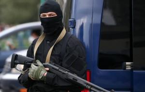 В КГБ страны ранее сообщили, что 28 сентября в ходе спецоперации в одной из квартир жилого дома в Минске по сотрудникам правоохранительных органов был открыт огонь из ружья.