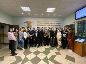 В Самаре полицейские провели встречу с будущими юристами