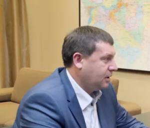 Дмитрий Азаров подчеркнул, что и Сергей Федотов и Андрей Гадалин уже освобождены от исполнения своих профессиональных обязанностей.