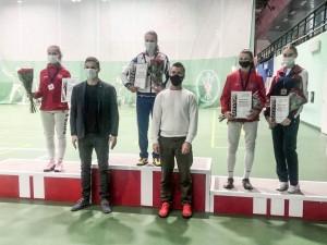 В турнире юниорок приняли участие свыше 100 спортсменок.