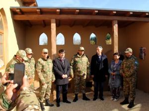 Экскурсию для гостей проводил председатель Союза народов Самарской области Ростислав Хугаев.