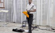 «Театр одной балалайки»: вСОУНБ выступит виртуоз балалайки Дмитрий Буцыков