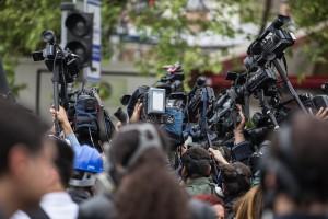 Ежедневно команда «Россия сегодня» будет предлагать аккредитованным в пресс-центре журналистам насыщенную деловую программу: пресс-конференции и брифинги с участием руководителей города и региона, представителей туристической отрасли, звезд культуры и иск