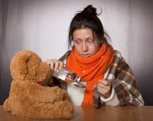 Мы часто противопоставляем ОРВИ и грипп, хотя грипп – это тоже острая респираторная вирусная инфекция. Правда, наиболее опасная и протекающая тяжело, чаще других ОРВИ вызывающая осложнения.