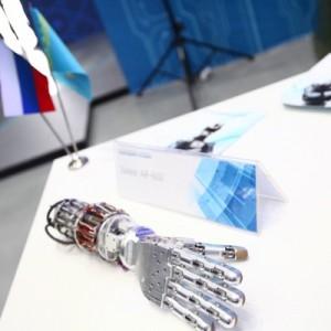 Разработана первая в мире экзокисть – перчатка, которая управляется мысленными командами