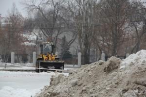 Самара нуждается в снегоуборочной технике Для города нужно закупить еще 400 машин для уборки снега.