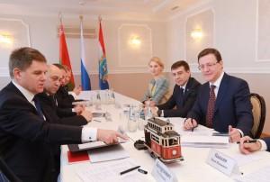 В ходе совещания обсуждался вопрос о заключении соглашения о сотрудничестве, а также перспективы взаимодействия в экономической, социальной, культурной сферах.