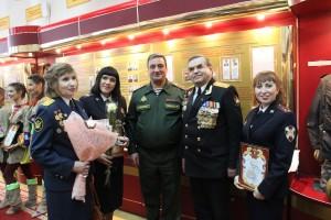 Екатерина Демина, которая служит во вневедомственной охране, признана лучшей исполнительницей в номинации «Авторская песня».
