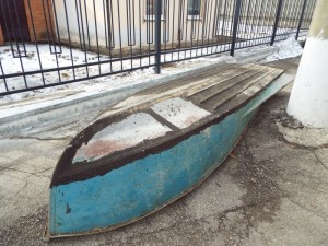Полицейские Ставропольского района вернули владельцу похищенную лодку