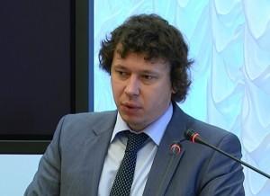 По его словам, сейчас размер тарифа на капремонт в Самарской области является средним по России.