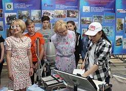 Подводя итоги выездного совещания, Елена Лапушкина отметила разнообразную программу и творческий подход к организации детского досуга в центрах.