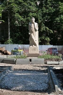 Обновленный сквер им. Чехова в Самаре станет центром буккроссинга  В Самаре началась активная фаза благоустройства общественных пространств в рамках программы «Комфортная городская среда».