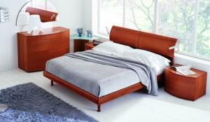 Спальня с итальянской мебелью из вишни