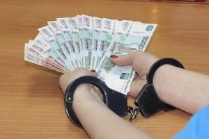 Самарец дал взятку в 200 тысяч рублей не проведение проверки в кафе Возбуждено уголовное дело.