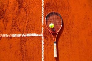 Тольяттинка Касаткина выбила самарчанку Павлюченкову из Кубка Кремля Теннисистки провели на корте 1 час 24 минуты.