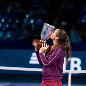В финальной встрече спортсменка из Тольятти в трех партиях победила теннисистку из Туниса