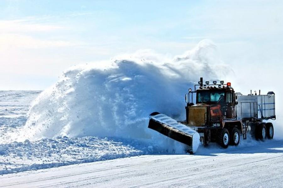 Очистка крыши от снега в уфе